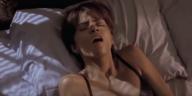 femmes précoces simuler un orgasme