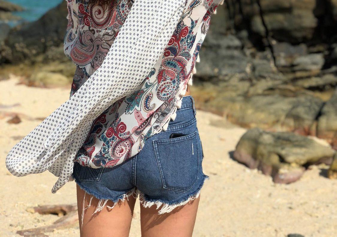 short écharpe plage