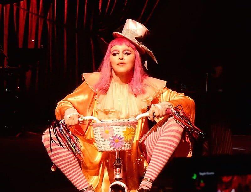 Madonna clown