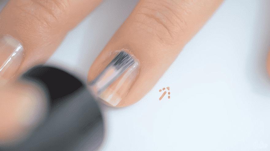 vernis à ongles éclatants de santé