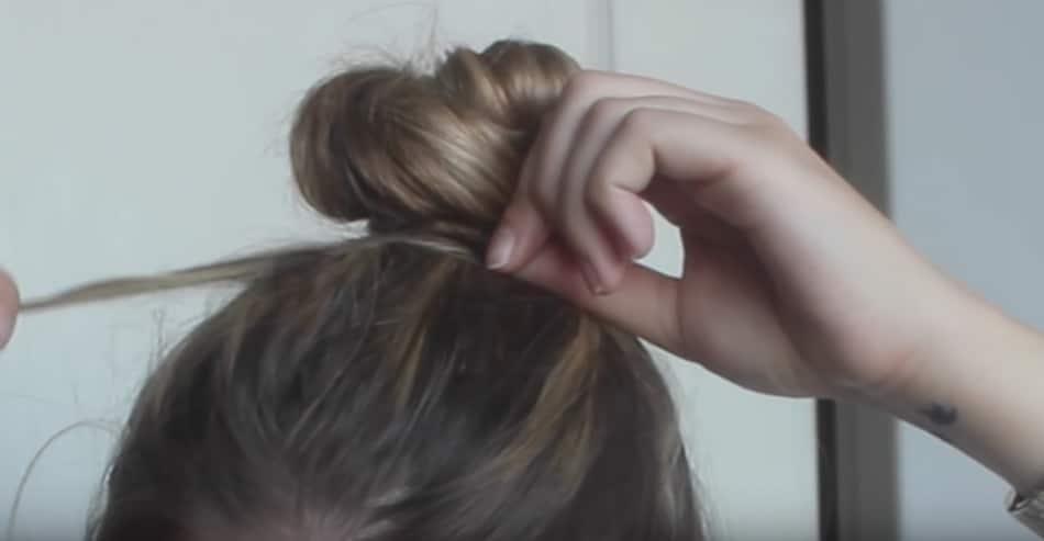 se coiffer facilement chignon sans pinces