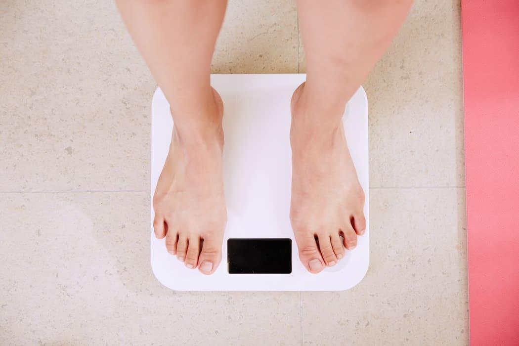 balance se peser pese personne poids regime