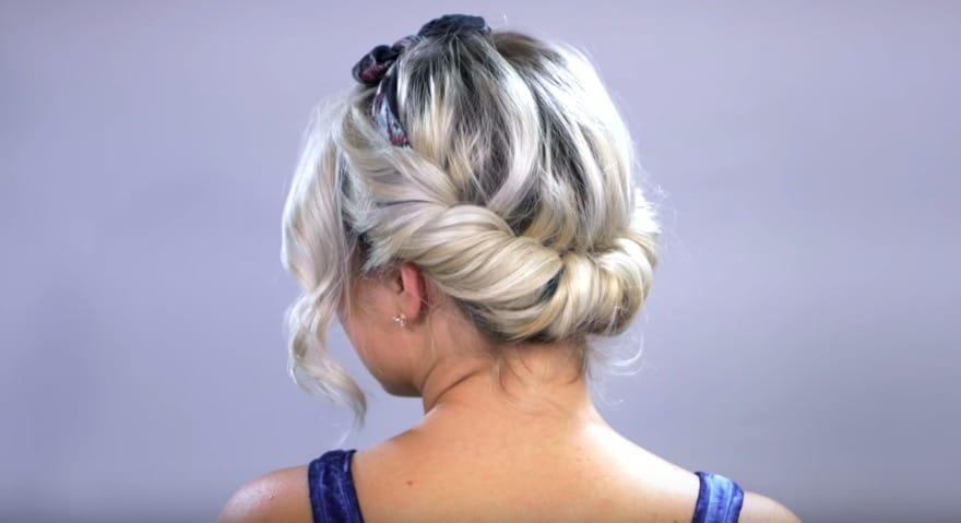 chignon torsade bandeau headband coiffures foulard