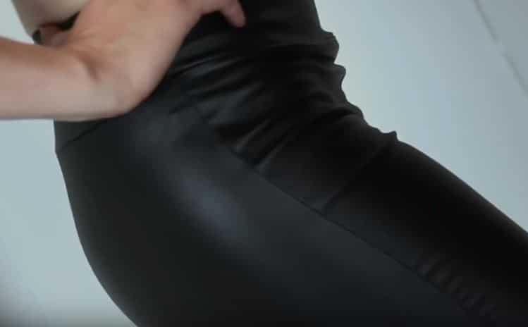 femme taille ajustée pantalon en cuir jupe astuces déo