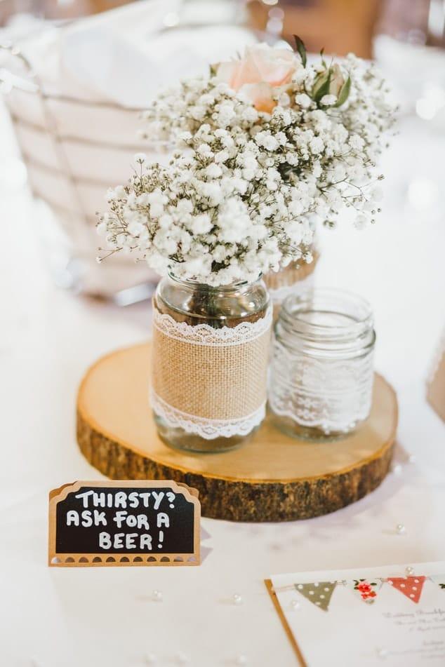 déco tables de mariage rondins bois