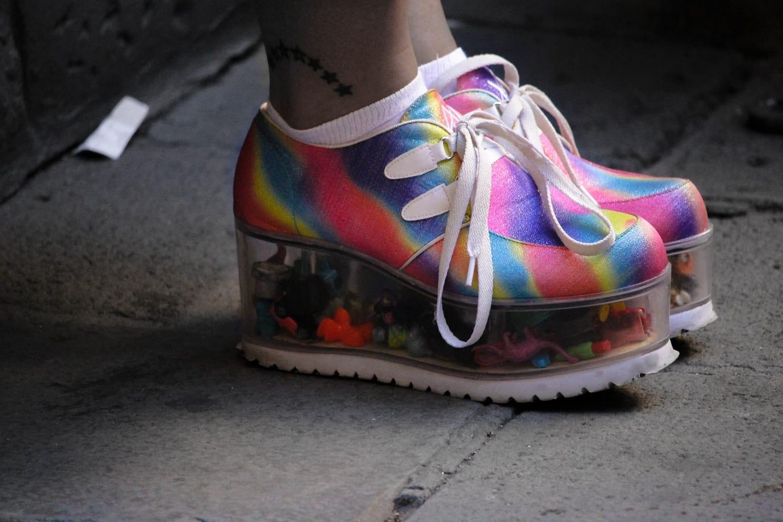 chaussures plateforme hautes buffalo baskets accessoires mode