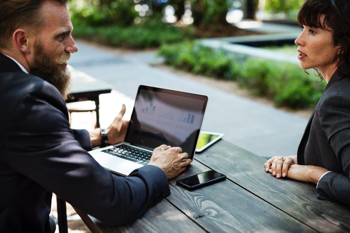 conversation meeting rendez vous travail
