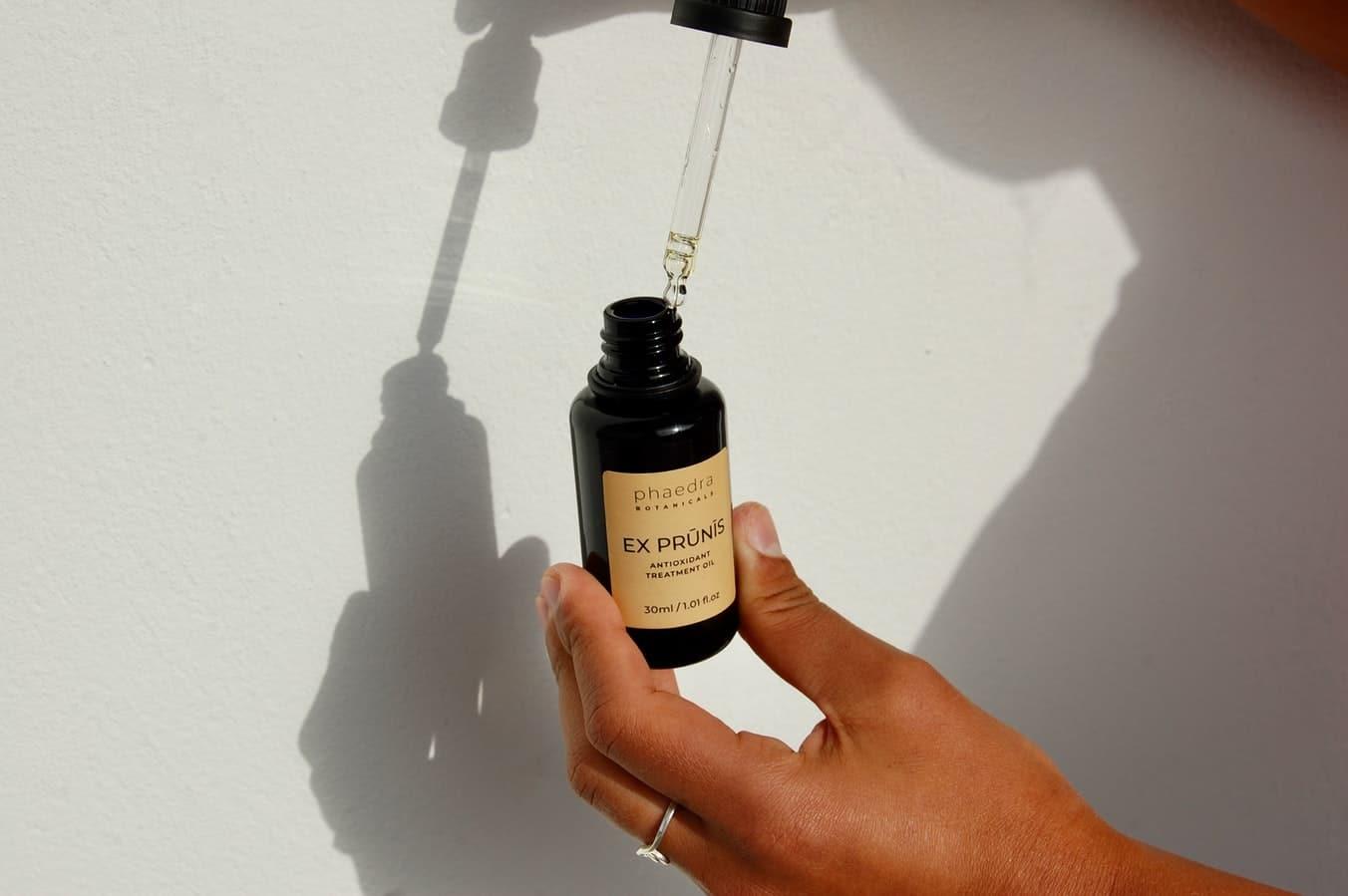 huile végétale prune fiole bronzage été autobronzant naturel