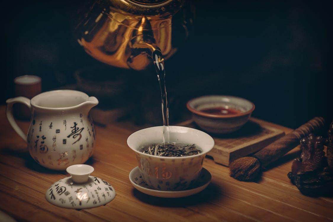 thé noir cérémonie hâle bronzer au naturel astuce