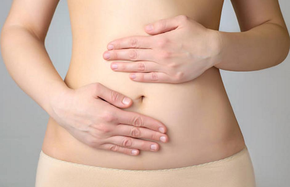 mal au ventre gonflé femme allergique au gluten intolérance