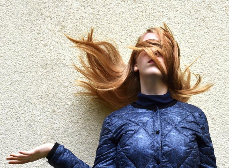 chute de cheveux électriques astuces