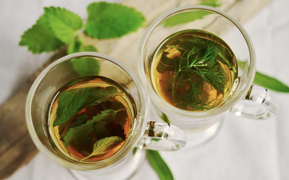 thé à la menthe boisson chaude tisane