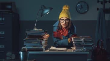 femme avoir froid astuces frileuses bureau hiver
