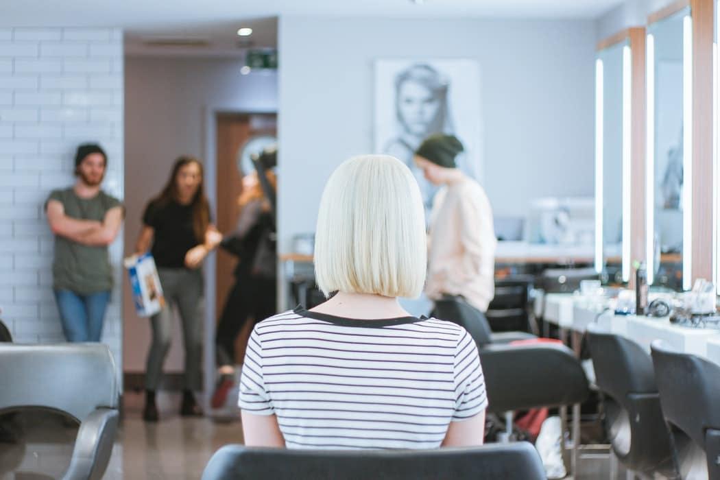 coupe de cheveux salon de coiffure