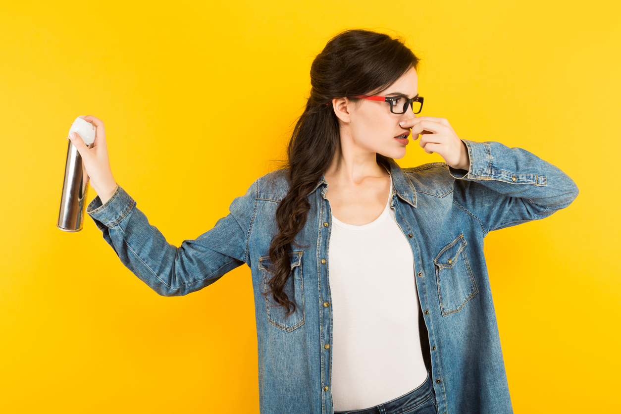 spray femme désodorisant toilette déodorant parfum chimique