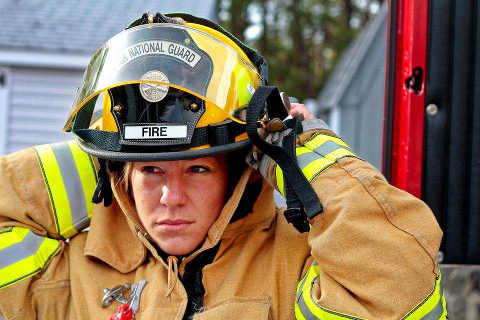 métiers femmes pompier