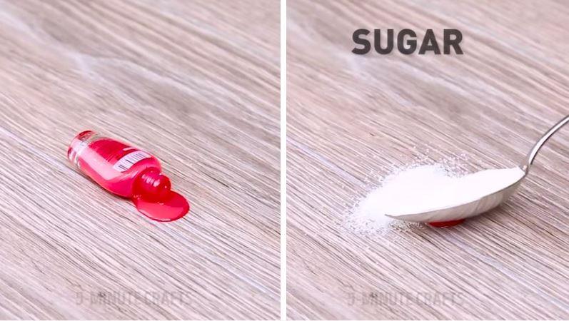 nettoyer laver enlever une tache de vernis sur du bois sucre astuce