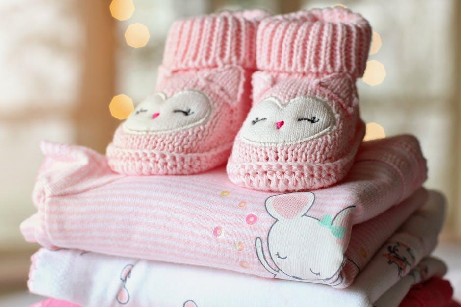 parents bébé chaussons adorer grossesse