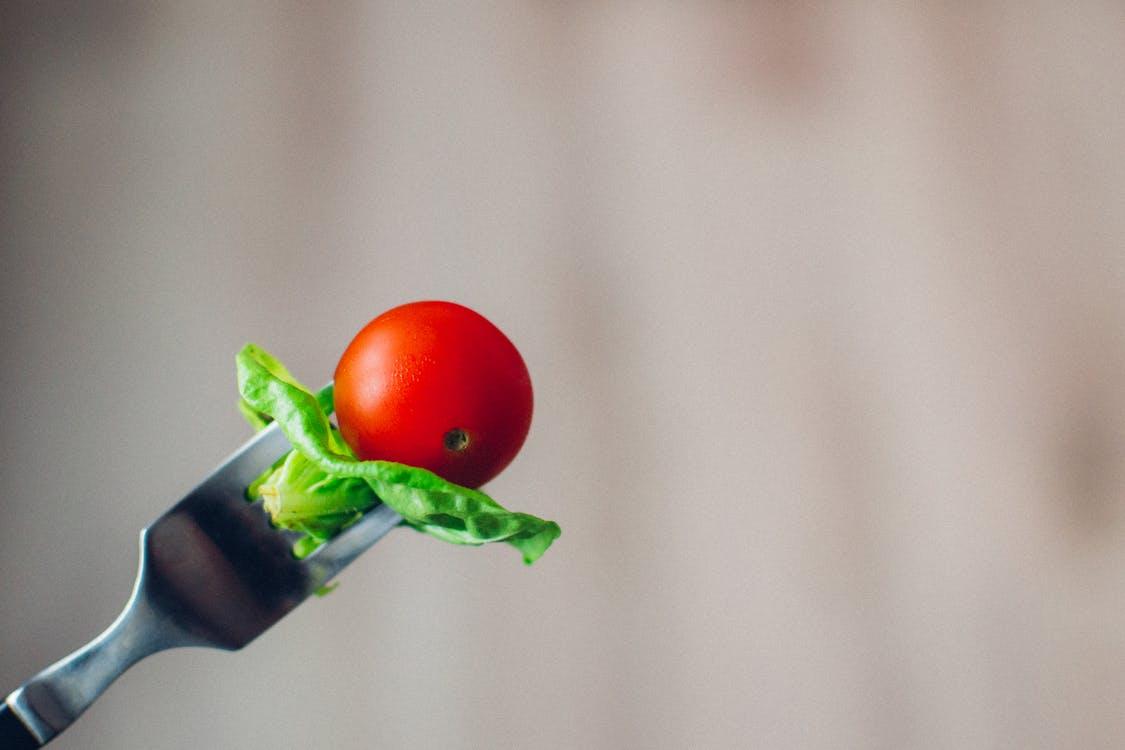 tomate cerise salade fourchette aliment cuisine
