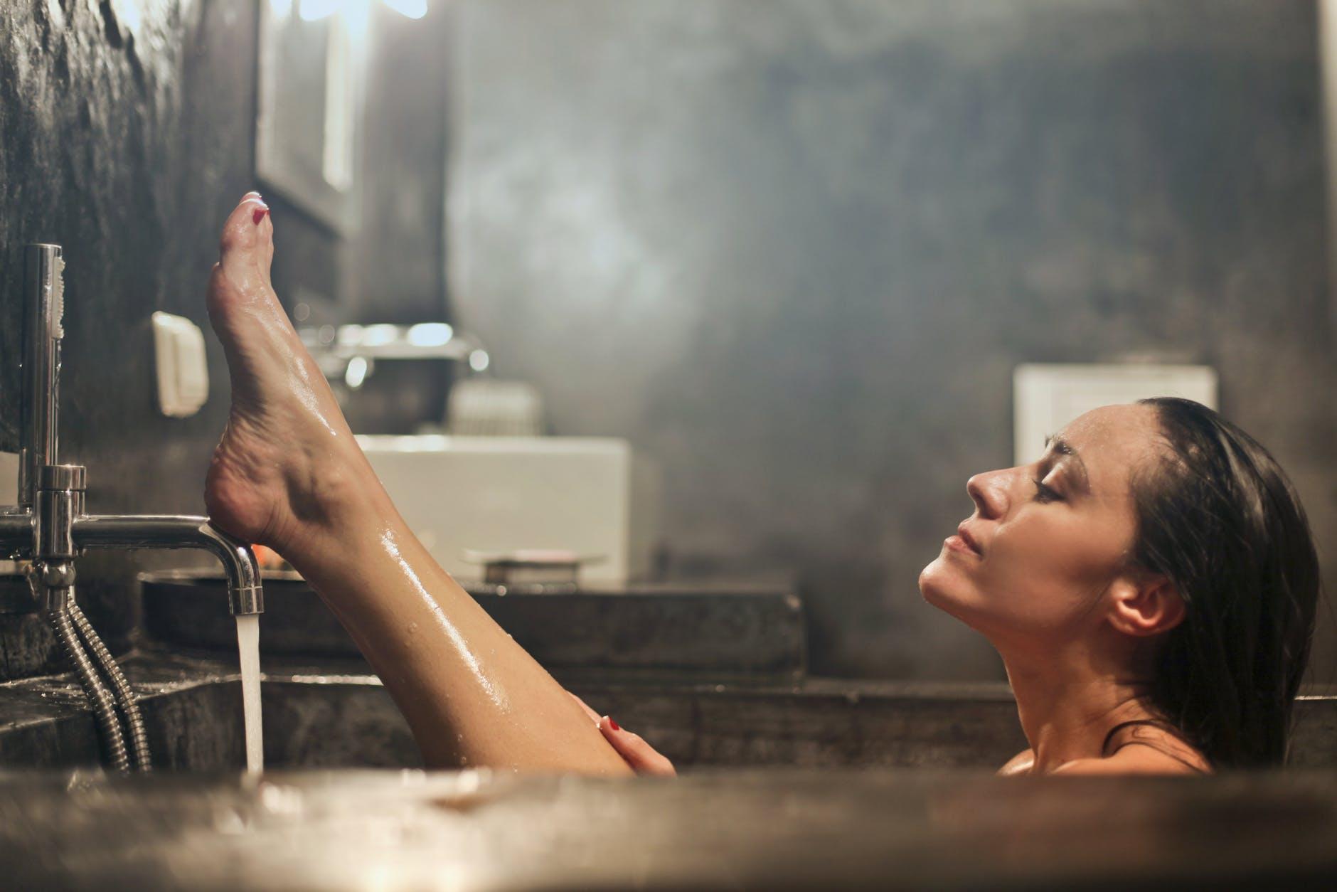 douche bain laver flore intime vagin odeurs