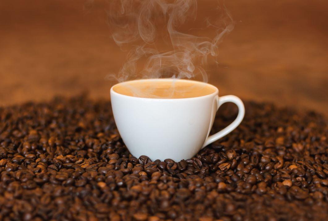 café maux de tête migraine mal tasse grains