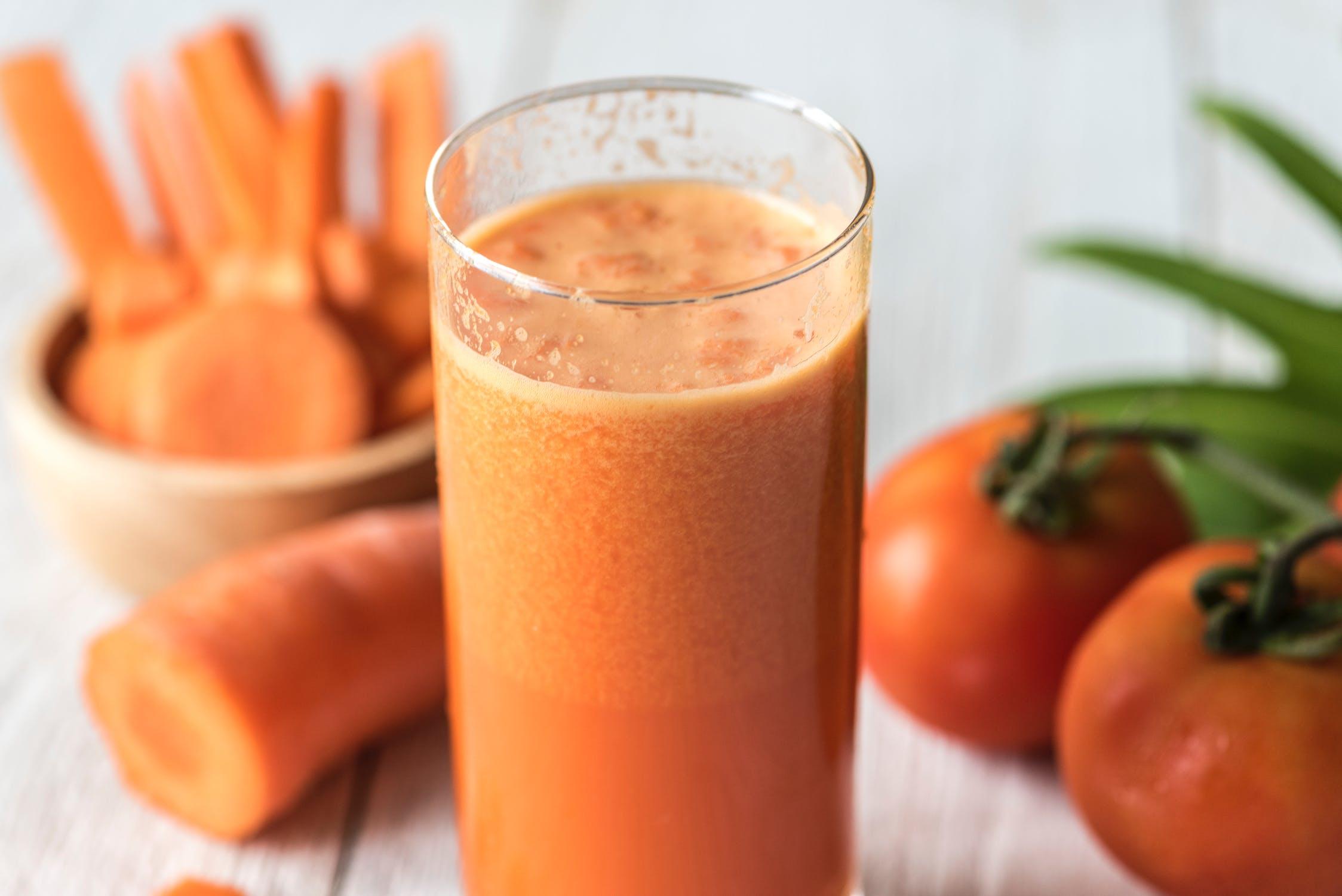 préparer sa peau au soleil avec du jus de carotte