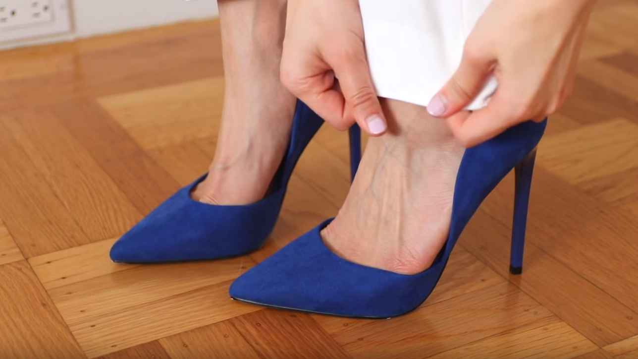 chaussures à talons aiguille