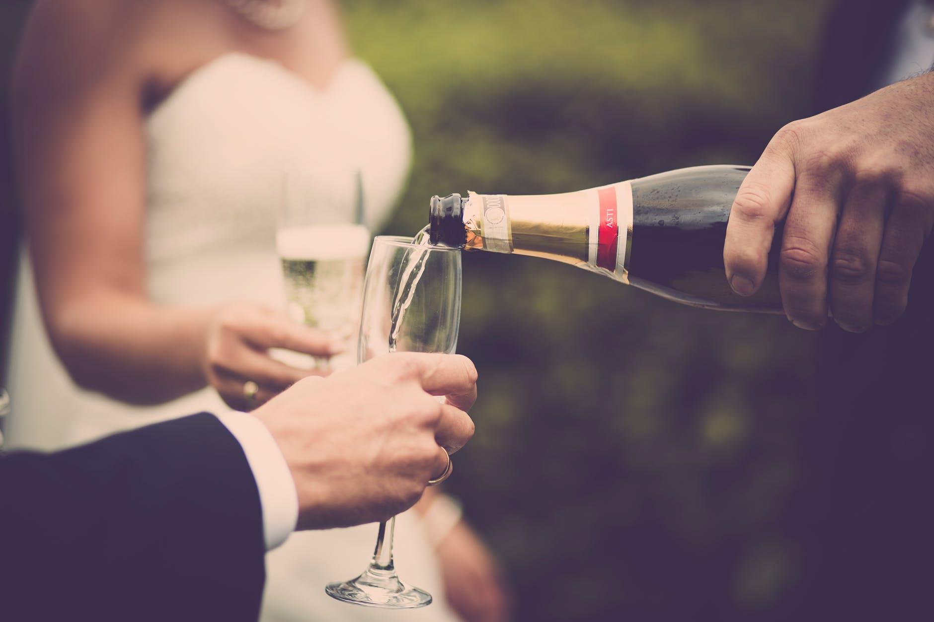 boire du champagne mariage