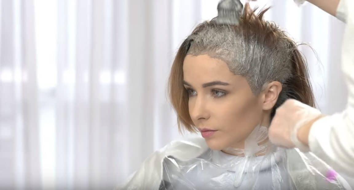 coiffeur faire une couleur coloration capillaire cheveux