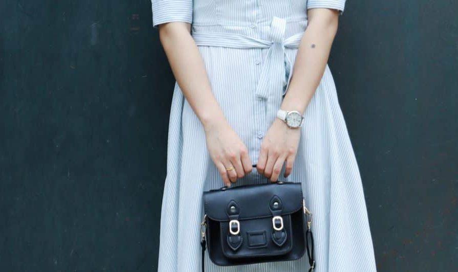 sac cartable en cuir noir