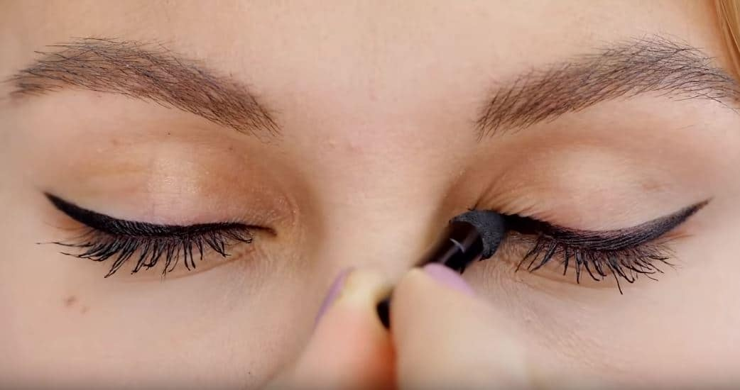 eye liner yeux maquillage astuces
