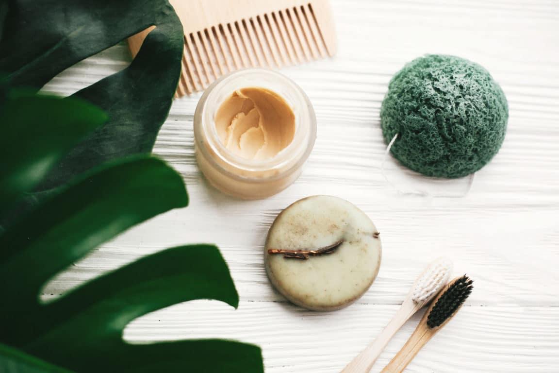 salle de bain zéro déchet savon dentifrice naturel brosse à dents bambou