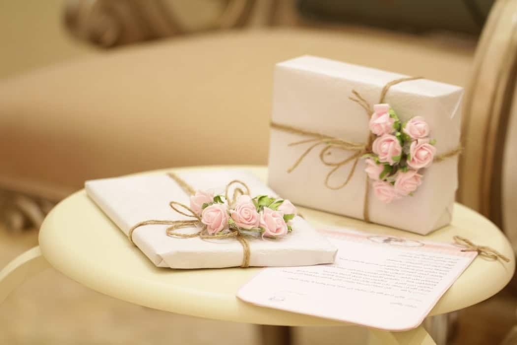 cadeaux de mariage fleurs mariés