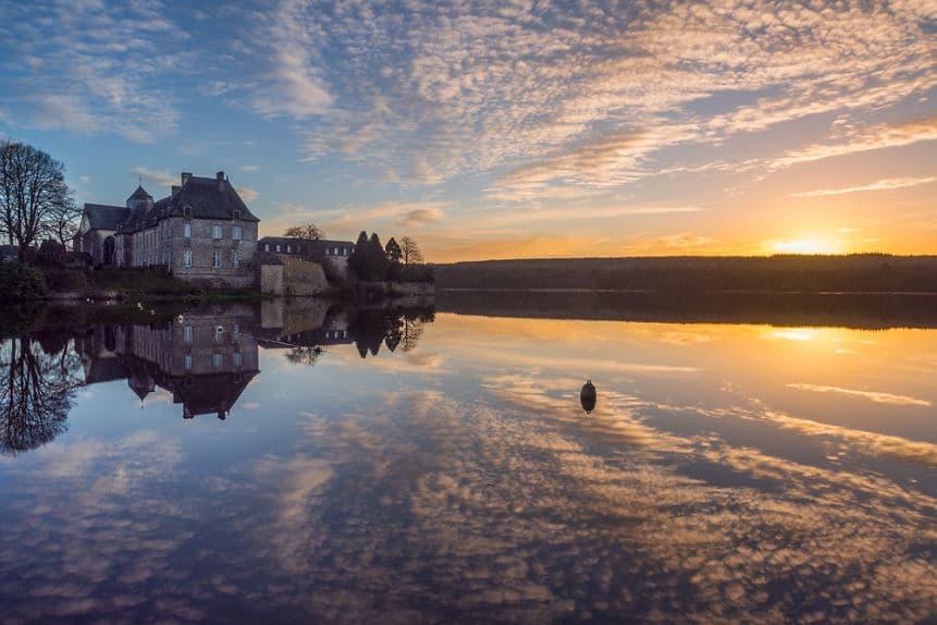 Bretagne lac Broceliande paimpont randonnées couple