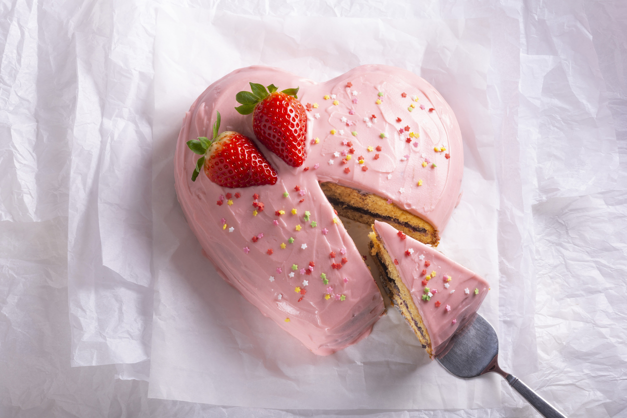 gâteau en forme de coeur amour dessert fête des mères