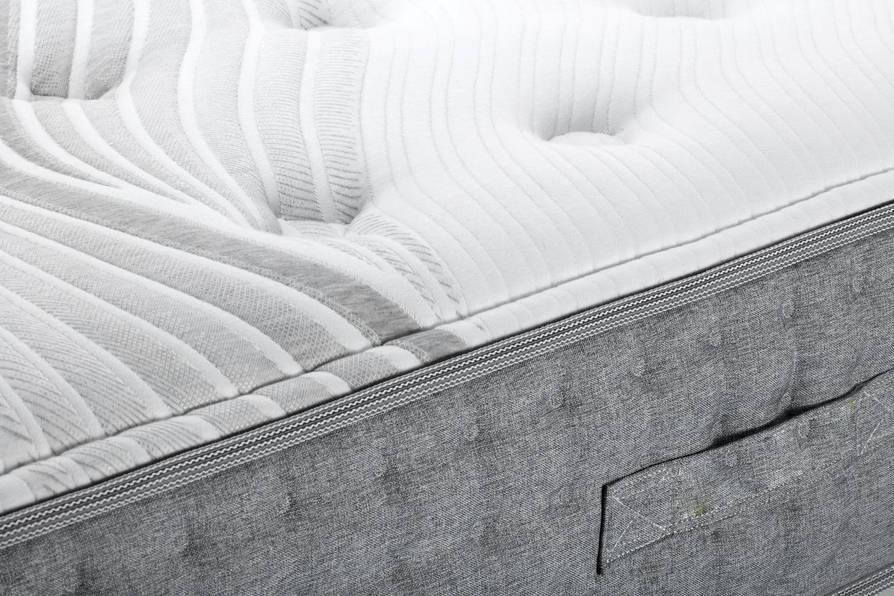 bien choisir matelas lit confort astuces
