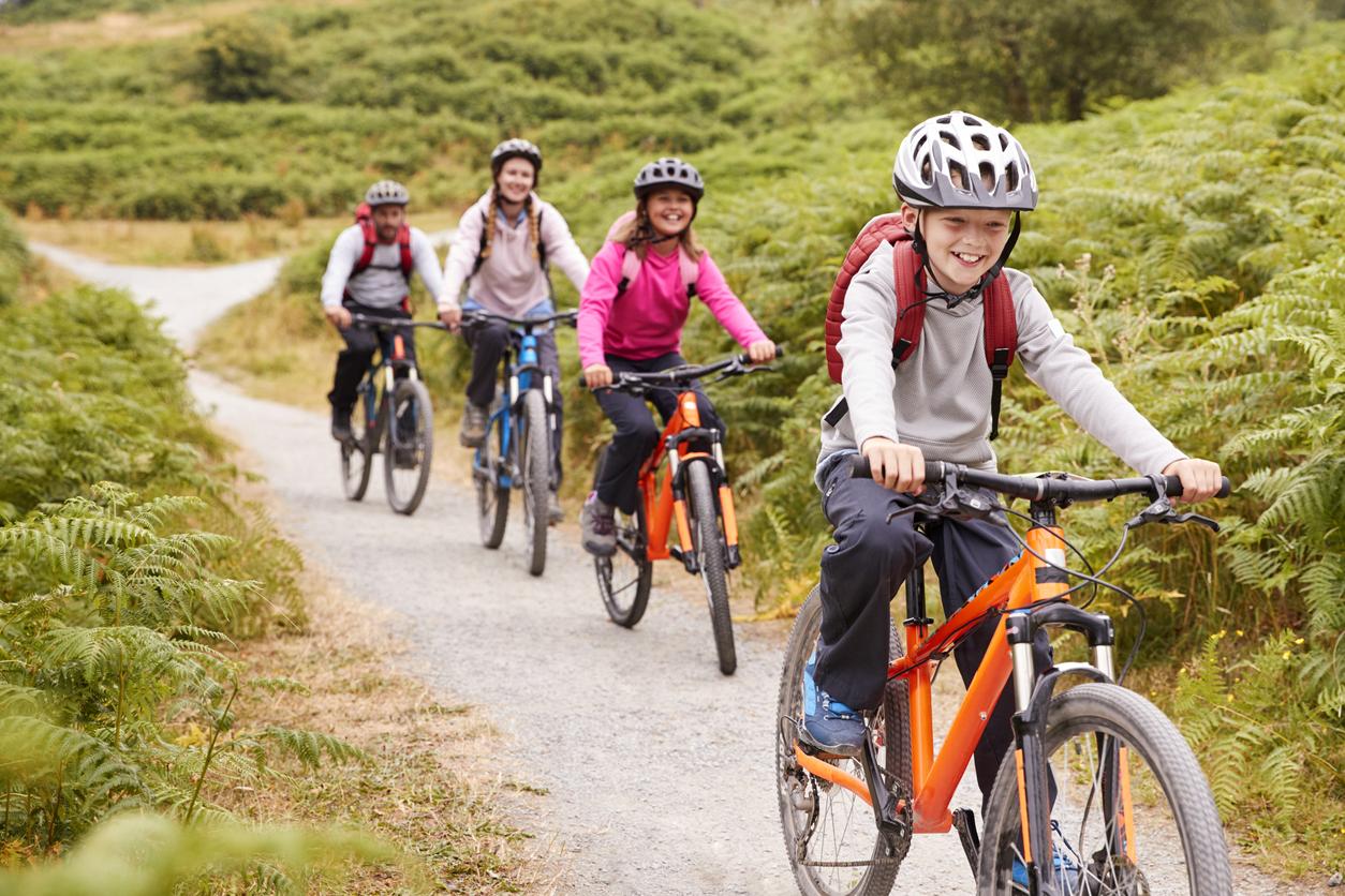 voyage à vélo excursion enfants famille
