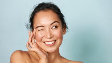 belle peau femme asiatique maquillage naturel sourire