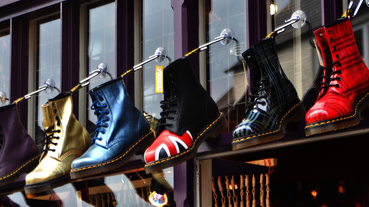 chaussures bottines montantes Dr Martens modeles