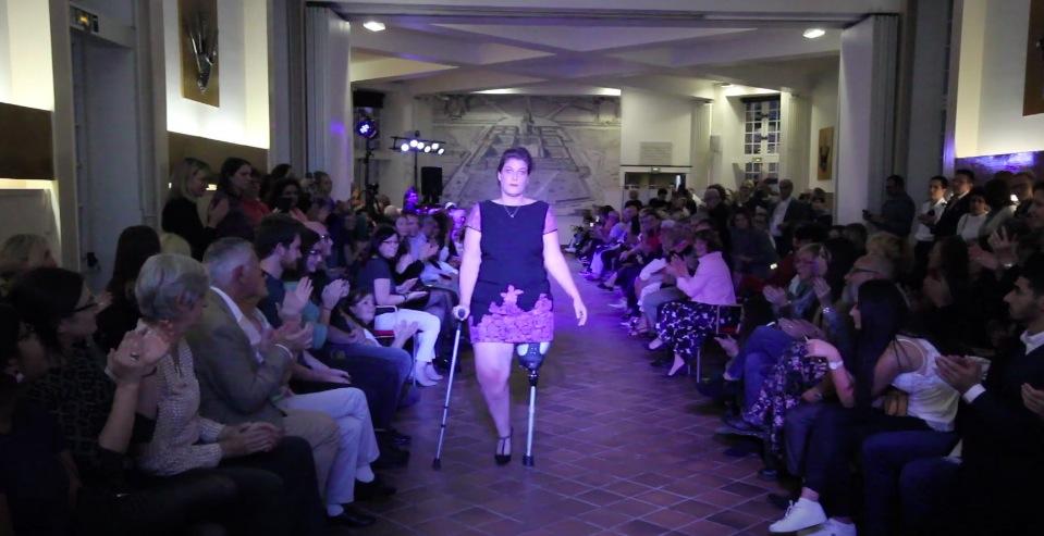 défilé mode Paris femme amputees fashion week prothèse